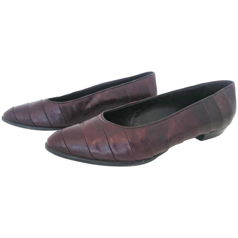 32ed730970c Gianfranco Ferré Dark Brown Leather Ballet Flats. Size 39.5 For Sale ...