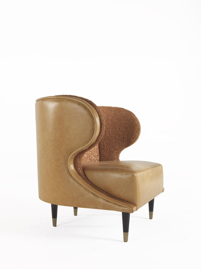 Modern Gianfranco Ferré Dunlop Armchair in Bronze Boucle Wool Upholstery For Sale