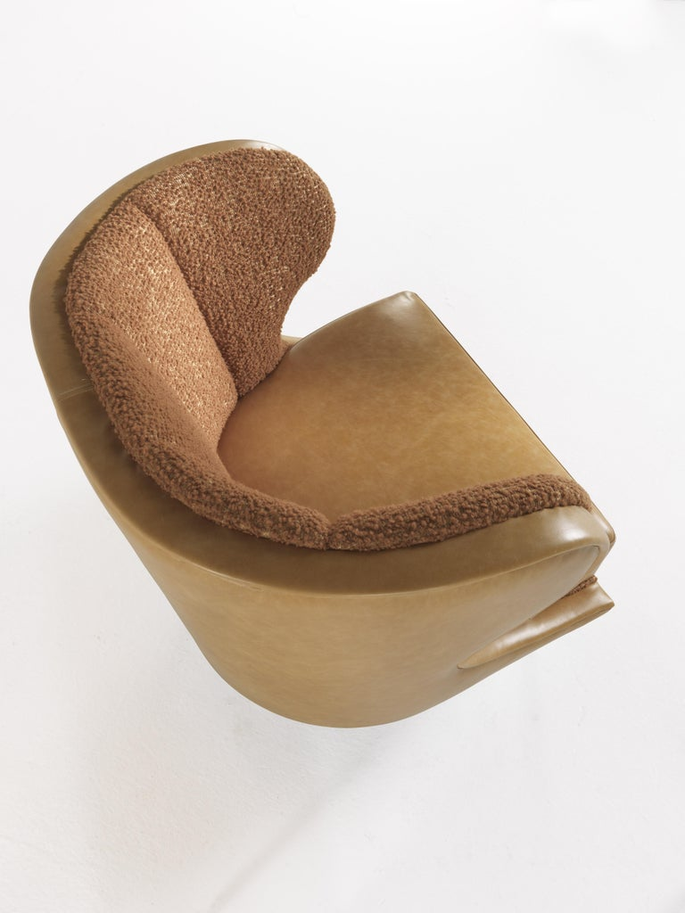 Contemporary Gianfranco Ferré Dunlop Armchair in Bronze Boucle Wool Upholstery For Sale