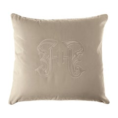 Gianfranco Ferré Home Gothic Beige Cushion in Velvet