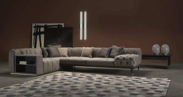 Modern Gianfranco Ferré Home Highlander Modular Sofa in Leather For Sale