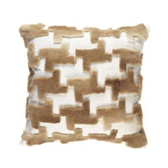 Gianfranco Ferré Kirah Pie De Poule Pillow in Beige Orylag Fur