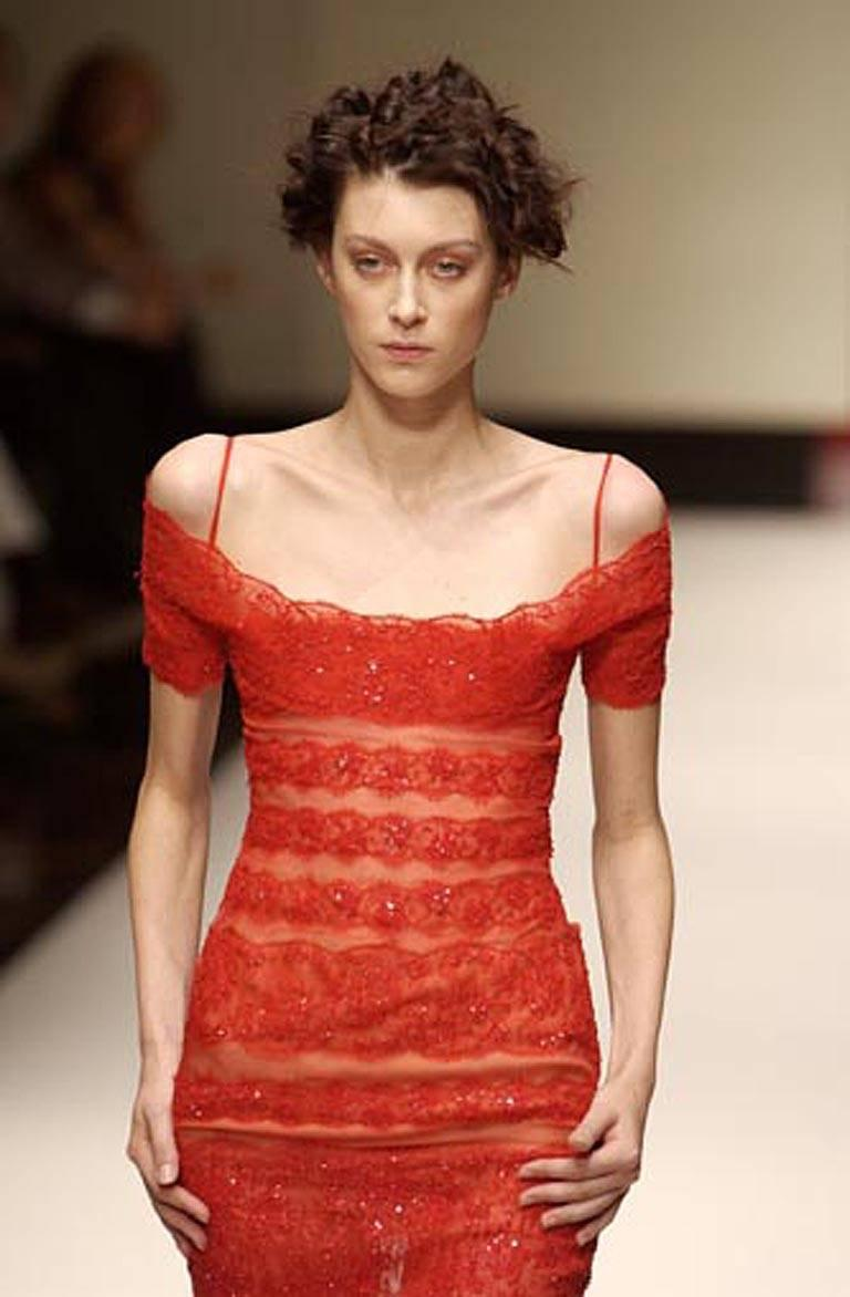 Gianfranco Ferre Luscious Red Beaded Lace Sheer Evening Dress For Sale 5