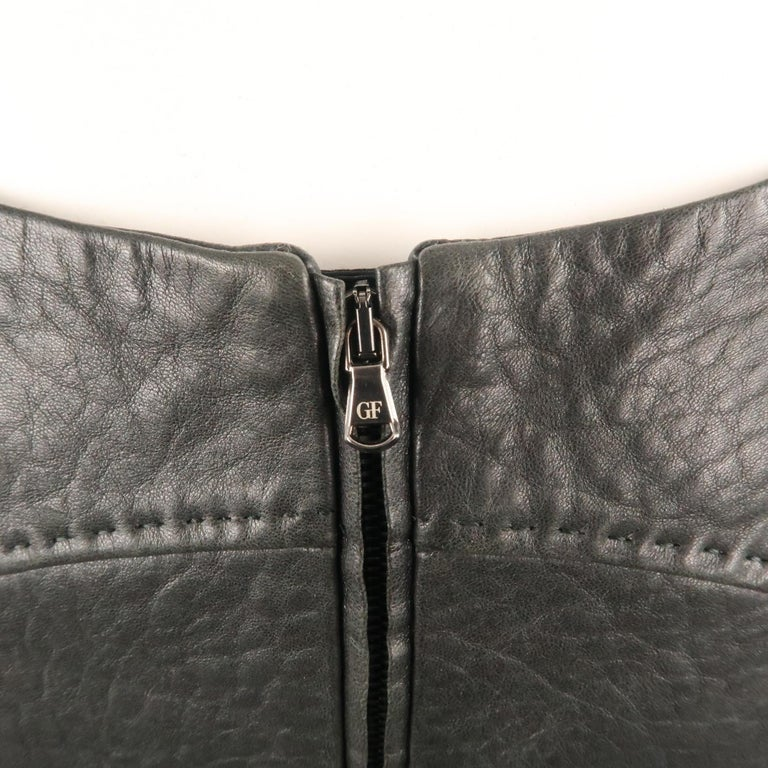 GIANFRANCO FERRE Size 4 Black Textured Leather Belted Cutout Back Pencil Skirt For Sale 2