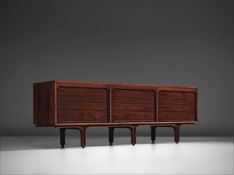 Gianfranco Frattini for Bernini, credenza, rosewood, Italy, 1960s.