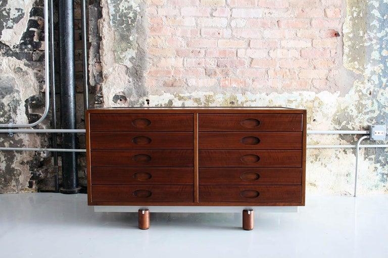 Italian Gianfranco Frattini Dresser or Cabinet by Bernini, Italy, circa 1960 For Sale