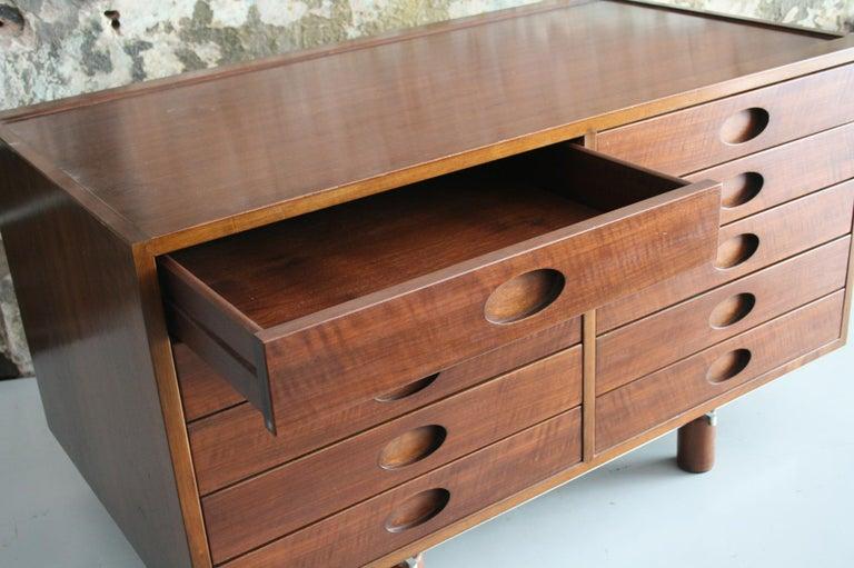 Gianfranco Frattini Dresser or Cabinet by Bernini, Italy, circa 1960 For Sale 1