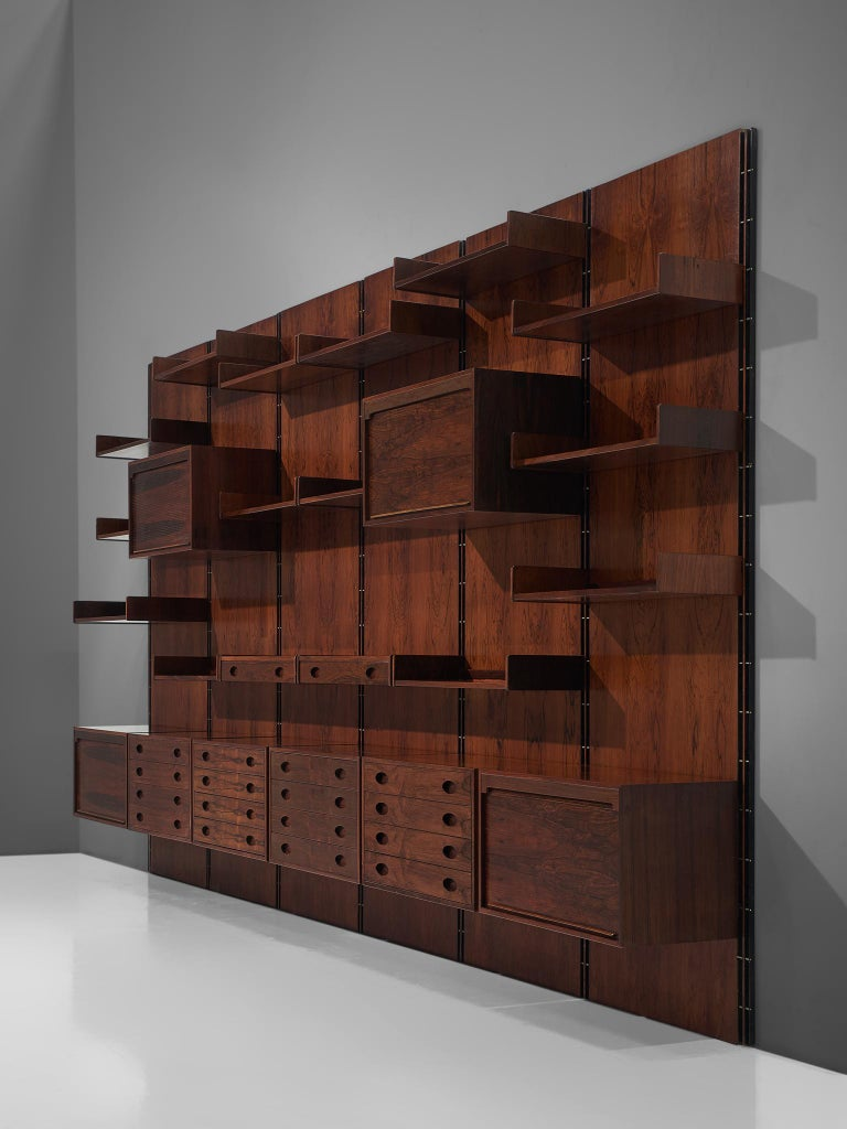 Gianfranco Frattini Grand Wall Unit in Exotic Hardwood In Good Condition For Sale In Waalwijk, NL