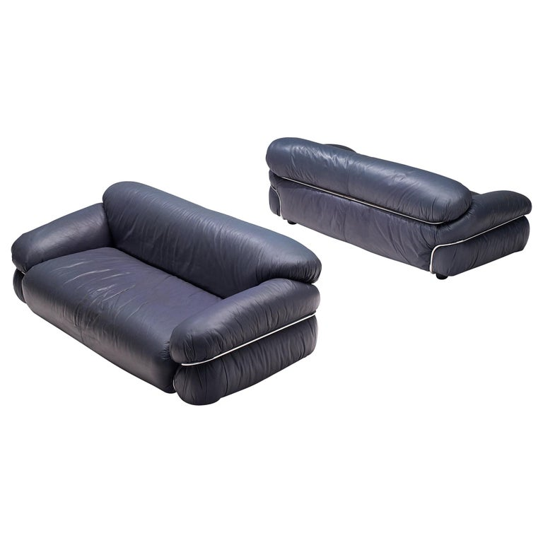 Gianfranco Frattini Pair of 'Sesann' Sofas in Blue Leather For Sale