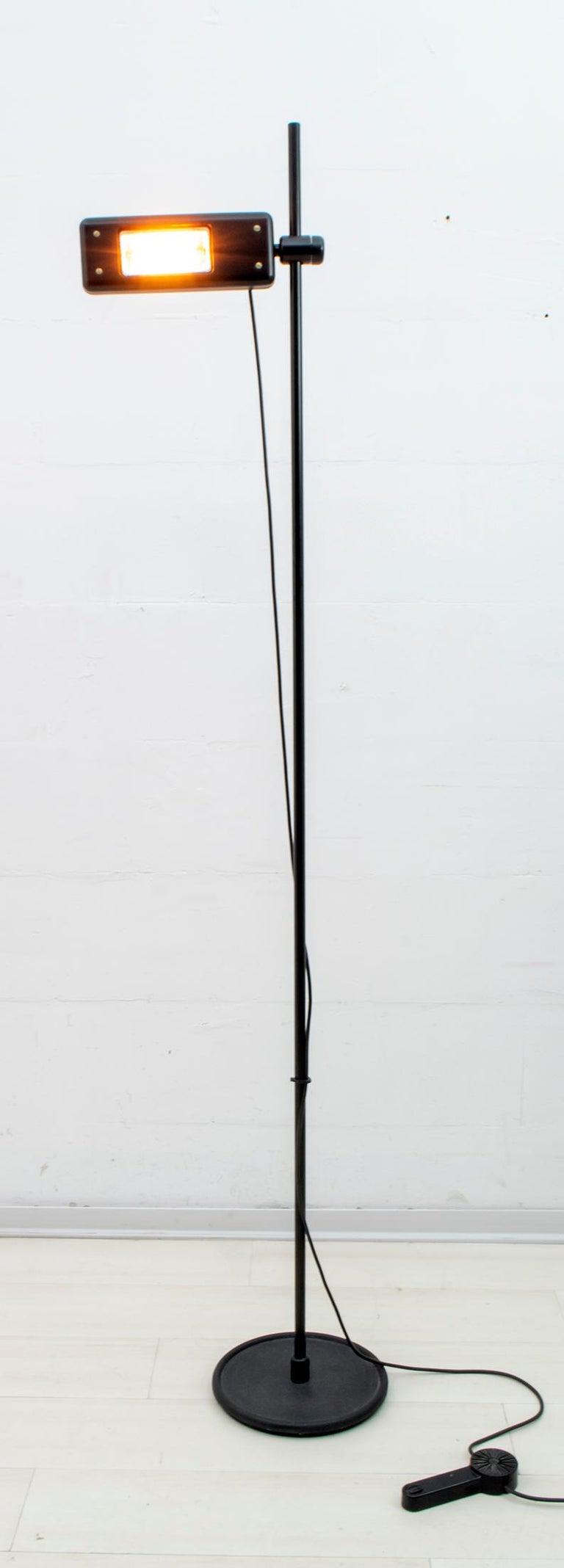 Post-Modern Gianfranco Frattini Postmodern Italian RT3 Floor Lamp for Relco Milano, 1980s For Sale