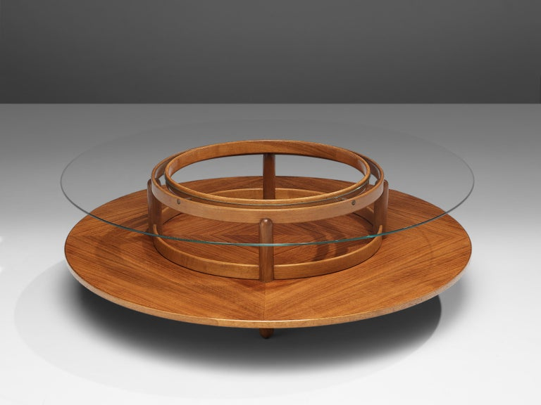 Mid-Century Modern Gianfranco Frattini Round Coffee Table in Walnut and Glass For Sale