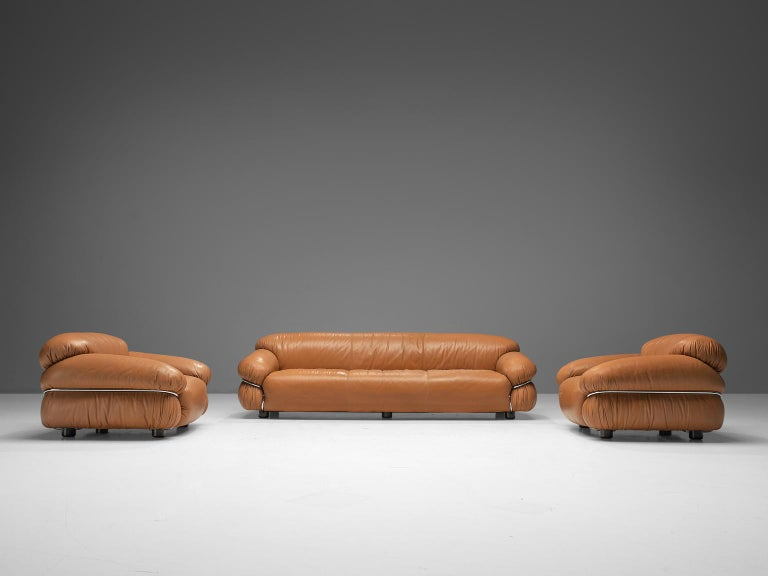 Mid-Century Modern Gianfranco Frattini 'Sesann' Livingroom Set in Original Cognac Leather For Sale