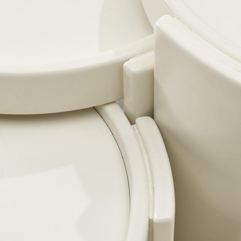 Italian Gianfranco Frattini Set of White '780' Nesting Tables For Sale