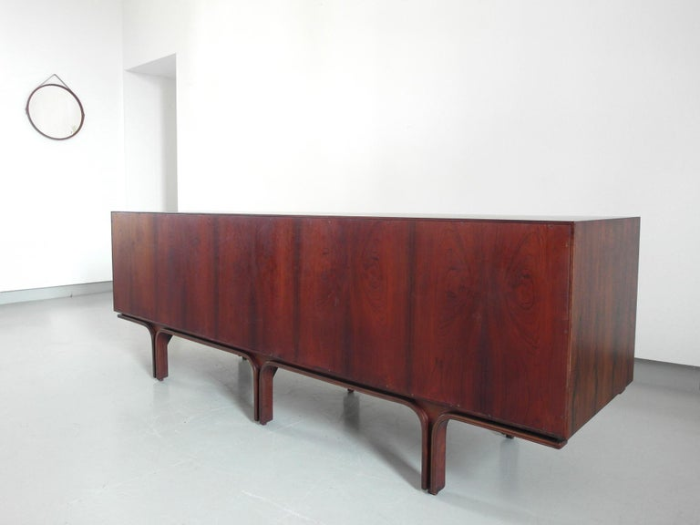 Gianfranco Frattini Sideboard in Rosewood for Bernini, Italy, 1957 For Sale 4