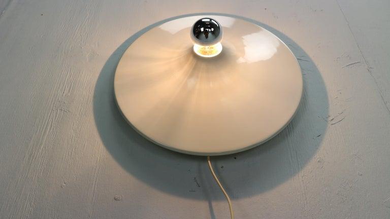 Late 20th Century Gianluigi Gorgoni Model Disco Wall or Ceiling White Lamp for Stilnovo, 1970 For Sale