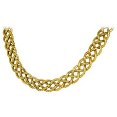 Gianmaria Buccellati Crepe De Chine 18 Karat Gold Necklace