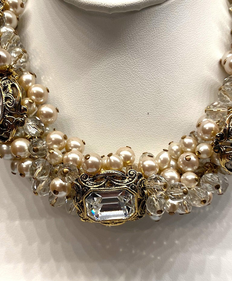 Gianni De Liguoro Crystal, Pearl bead and Rhinestone 1980s Necklace For Sale 2