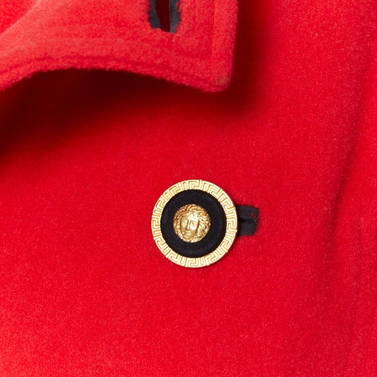 GIANNI VERSACE 1993 Vintage red wool Medusa button double breasted coat M For Sale 5