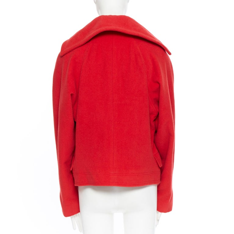 GIANNI VERSACE 1993 Vintage red wool Medusa button double breasted coat M For Sale 1