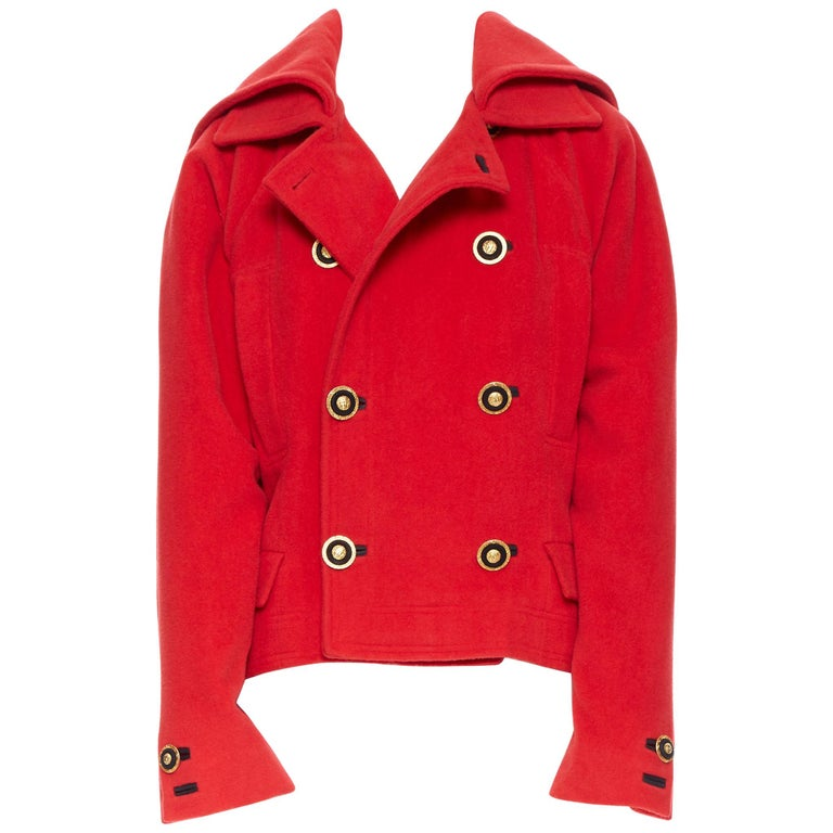 GIANNI VERSACE 1993 Vintage red wool Medusa button double breasted coat M For Sale
