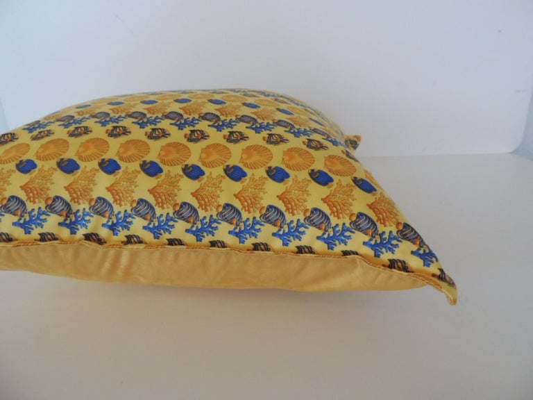 Gianni Versace Authentic Seashells and Coral Printed Decorative Pillow In Good Condition For Sale In Fort Lauderdale, FL
