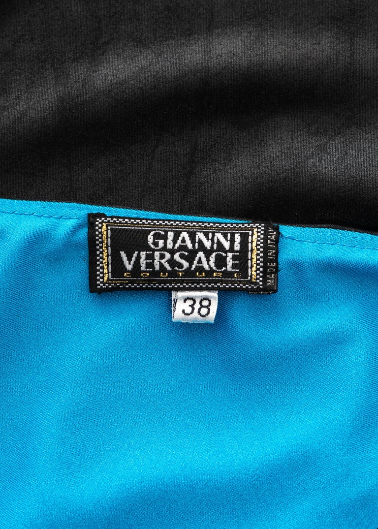Gianni Versace black and electric blue strapless maxi dress, ss 1998 For Sale 5