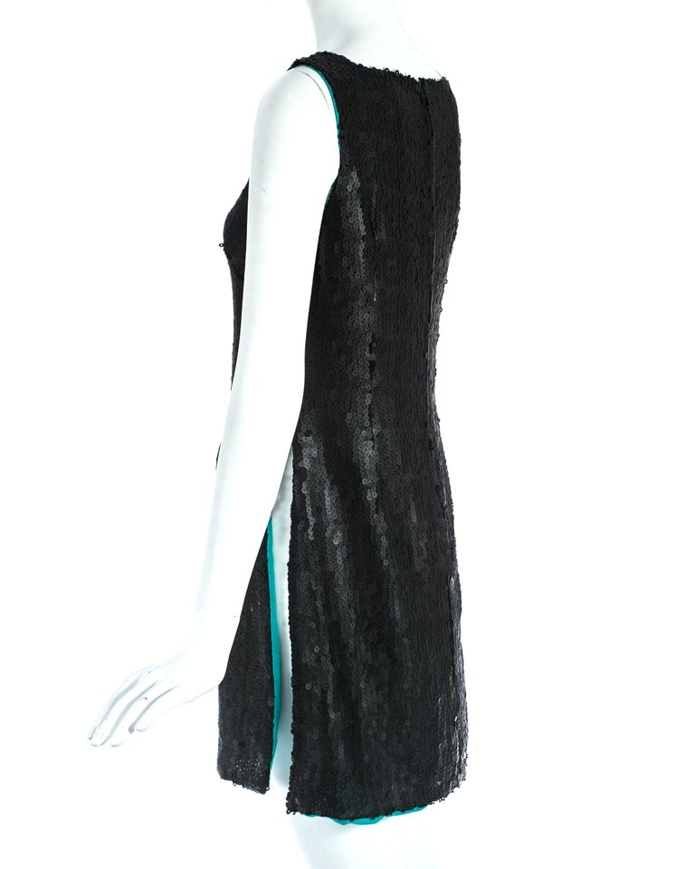 Gianni Versace black sequin mini dress / tunic with high side slits, A/W 1999 In Good Condition For Sale In London, GB