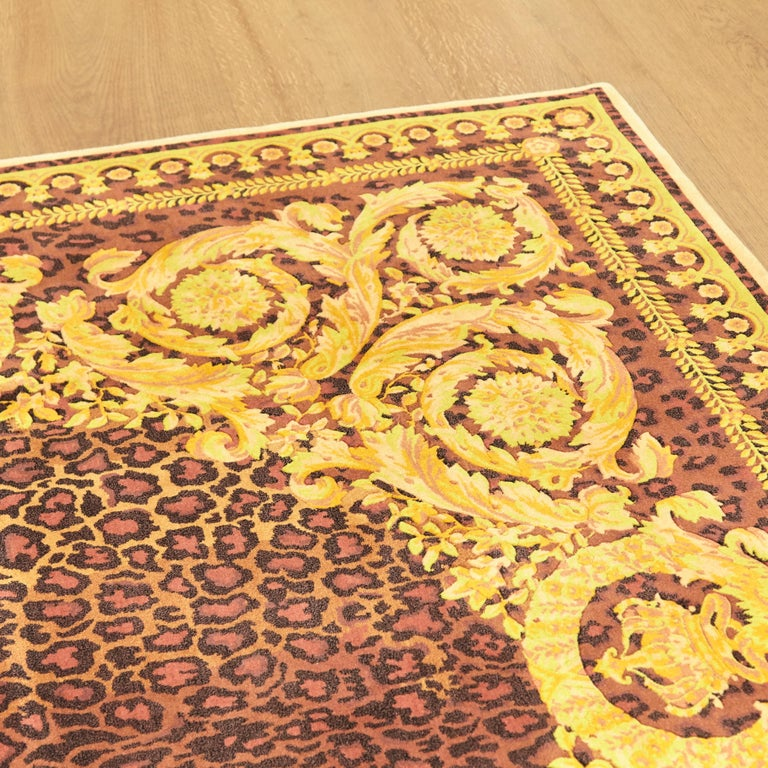 Gianni Versace Collection Rug Wild Barocco, Gold Leopard Animal Print, 1980 For Sale 4