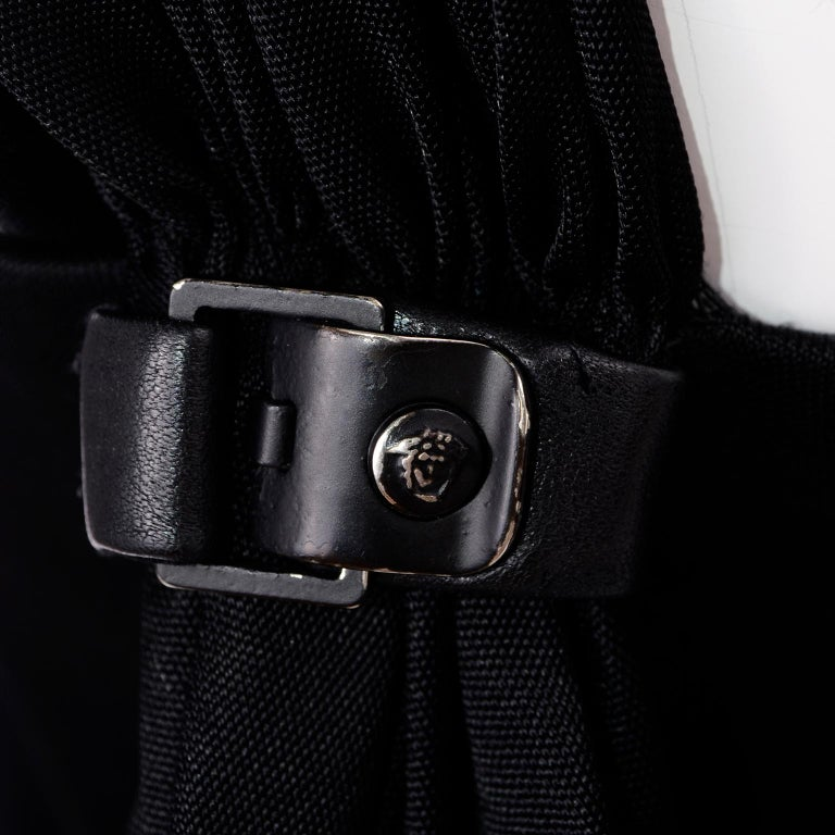 Gianni Versace Couture 1998 Vintage Black One Shoulder Dress Medusa Buckle For Sale 6
