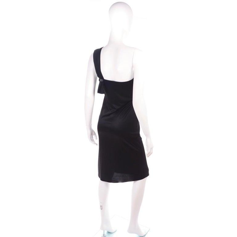 Gianni Versace Couture 1998 Vintage Black One Shoulder Dress Medusa Buckle For Sale 1