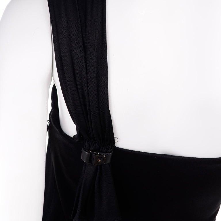Gianni Versace Couture 1998 Vintage Black One Shoulder Dress Medusa Buckle For Sale 5