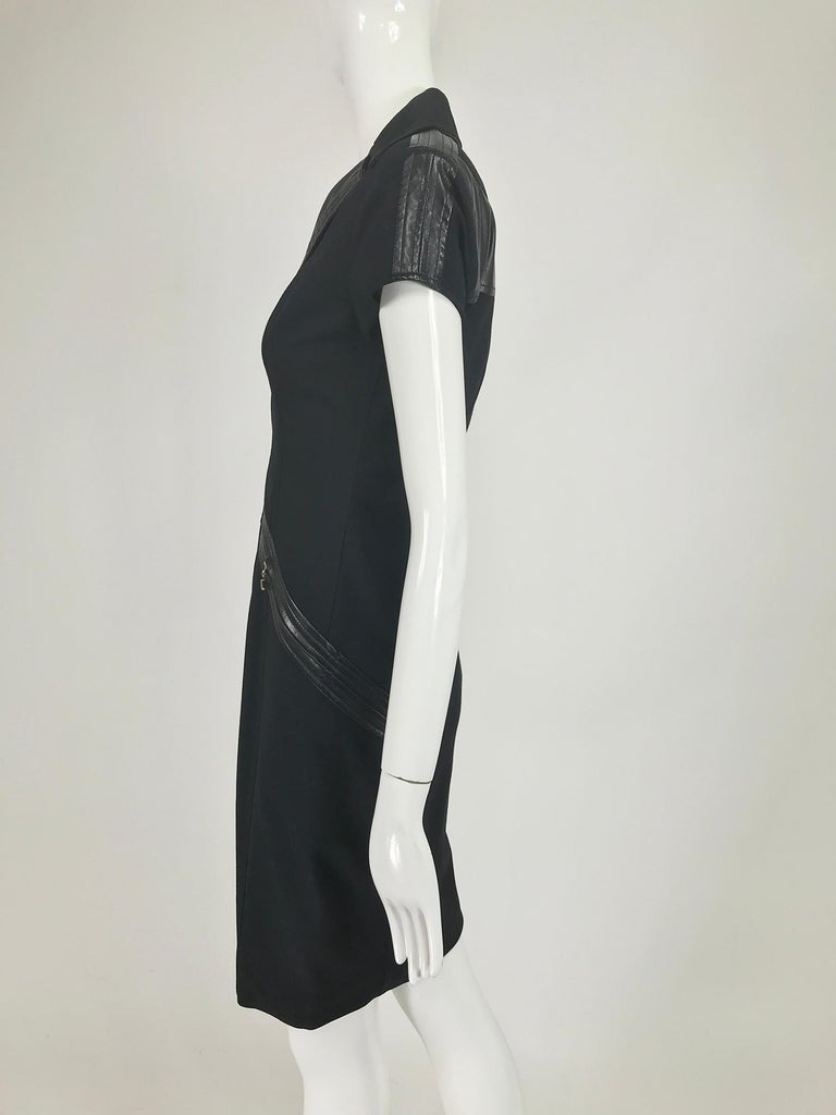 Gianni Versace Couture Black stretch and Vinyl Zipper Dress 1980s In Good Condition For Sale In West Palm Beach, FL