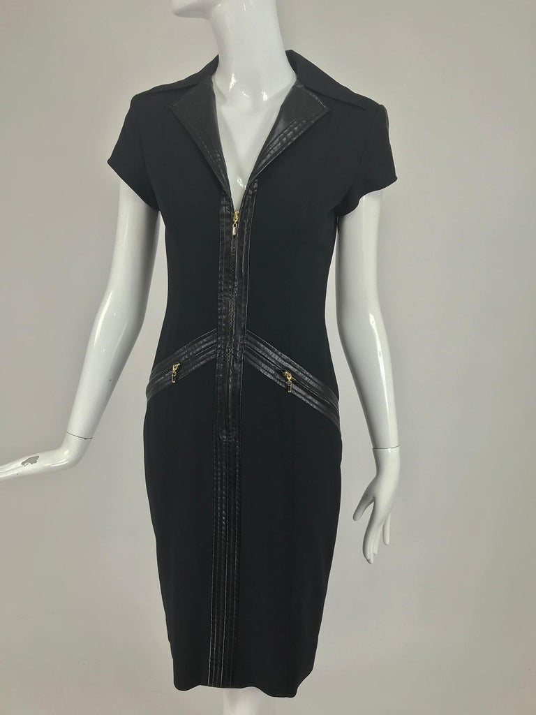 Gianni Versace Couture Black stretch and Vinyl Zipper Dress 1980s For Sale 5