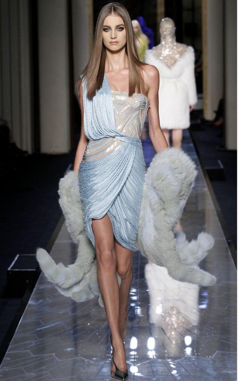 Women's FINAL SALE Gianni Versace Couture Grey Fox Fur Scarf, 94 inch / 240 cm long For Sale