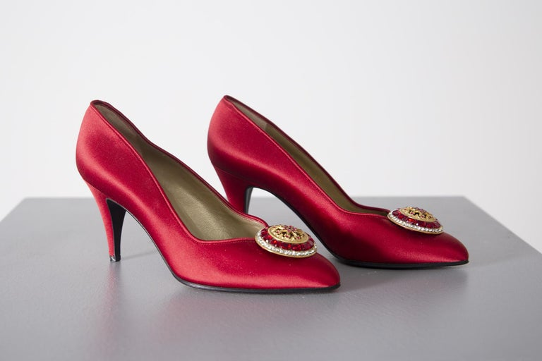 Women's Gianni Versace couture Vintage red shoes with tiara, 1990s. For Sale