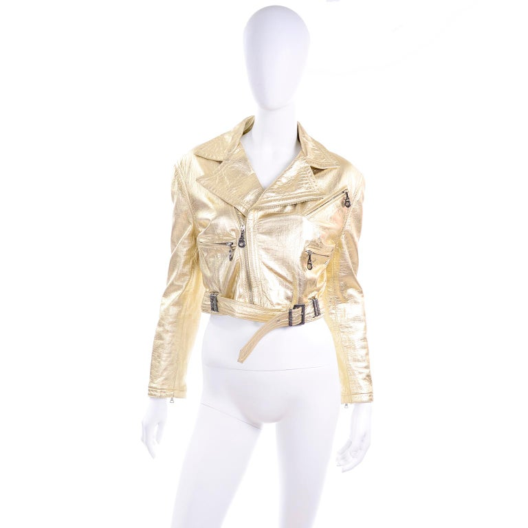 Gianni Versace Fall Winter 1994 95 Runway Vintage Embossed Gold Moto Jacket  In Excellent Condition For Sale In Portland, OR
