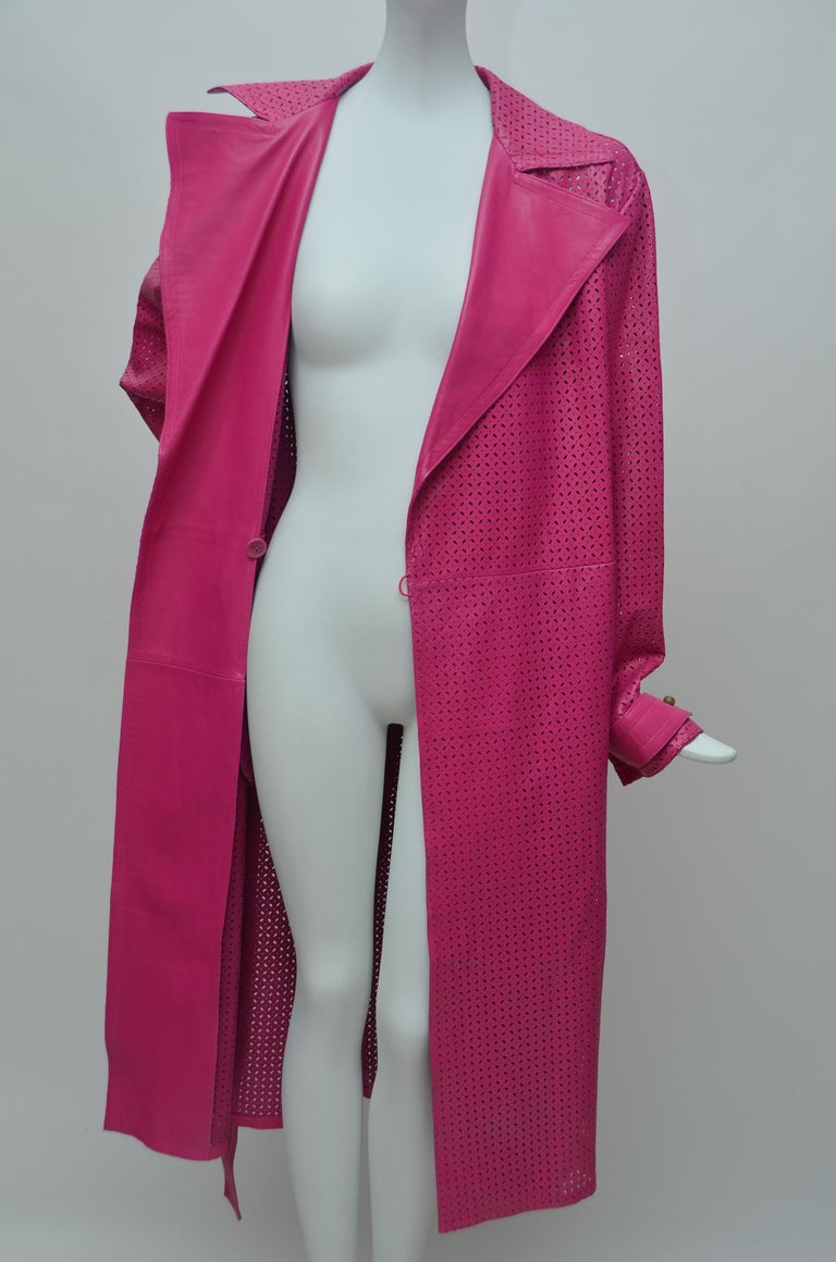 GIANNI VERSACE  Fucsia Buttery Soft Leather Lasercut Trench Coat  For Sale 2