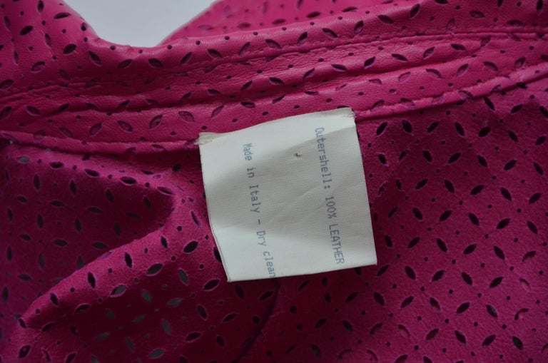 GIANNI VERSACE  Fucsia Buttery Soft Leather Lasercut Trench Coat  For Sale 4