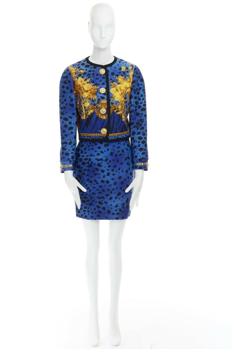 GIANNI VERSACE gold baroque print blue leopard Medusa button jacket skirt set XS In Excellent Condition For Sale In Hong Kong, NT