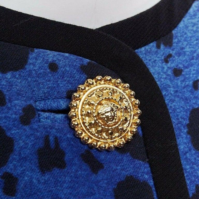GIANNI VERSACE gold baroque print blue leopard Medusa button jacket skirt set XS For Sale 5