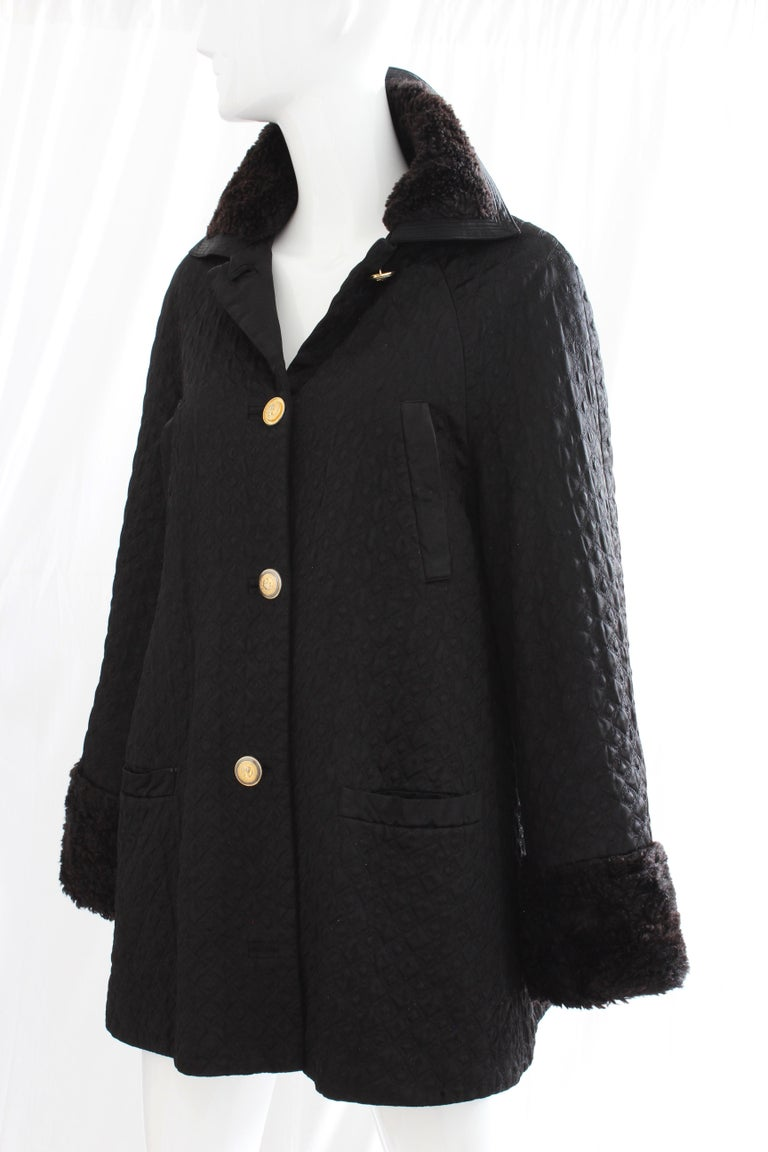 Gianni Versace Jacket or Swing Coat Diamond Quilted Black Satin with Fur Trim 38 For Sale 1