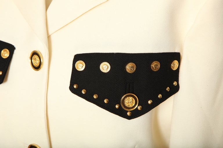 Gianni Versace Jacket with Medusa Buttons In Good Condition In Chicago, IL