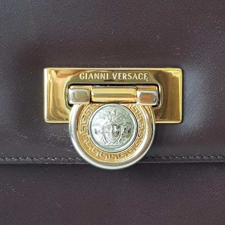 Gianni Versace Leather Vintage Bag In Fair Condition For Sale In Gazzaniga (BG), IT