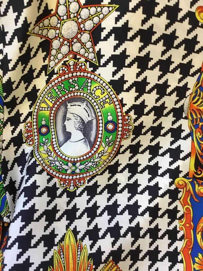 Women's Gianni Versace Lifetime Silk Print Blouse  For Sale