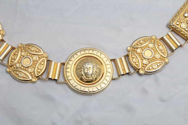 Gianni Versace Massive Medusa Belt  In Excellent Condition For Sale In Chicago, IL
