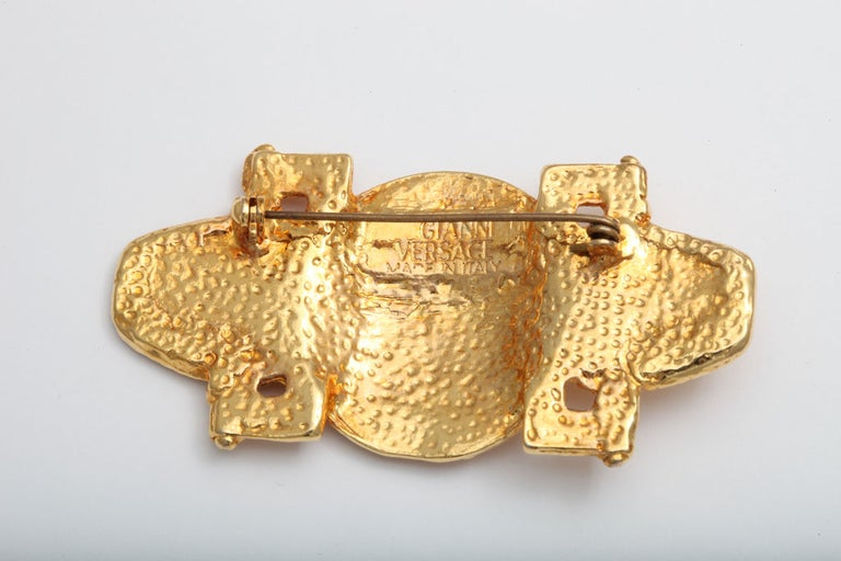 Gianni Versace Medusa Brooch In Excellent Condition For Sale In Chicago, IL