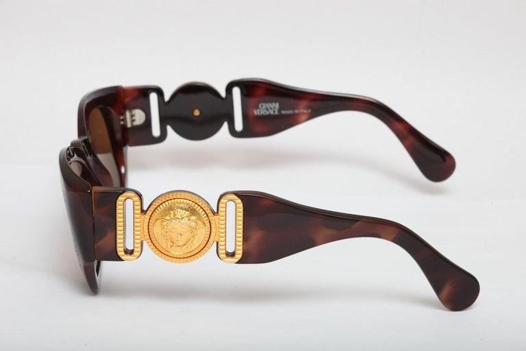 Black Gianni Versace Mod 413/A Brown Vintage Sunglasses