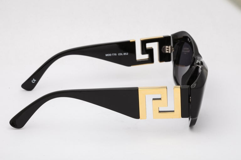 Gianni Versace Mod T75 COL 852 Sunglasses  2