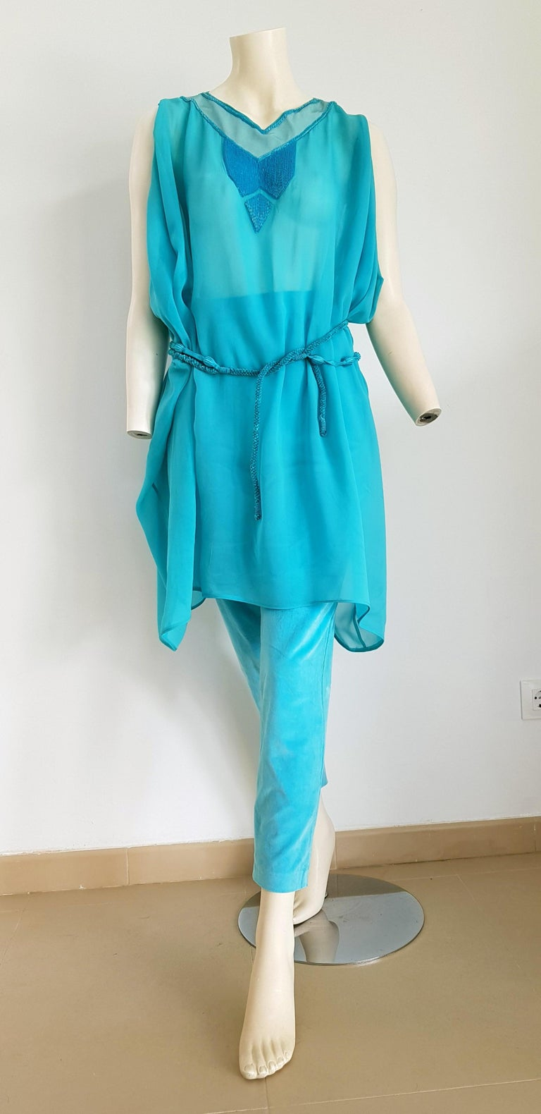Gianni VERSACE Haute Couture single piece unique design silk chiffon tunic and silk velvet pants two belts turquoise ensemble - Unworn, New  SIZE: equivalent to about Small / Medium, please review approx measurements as follows in cm.  TUNIC: lenght