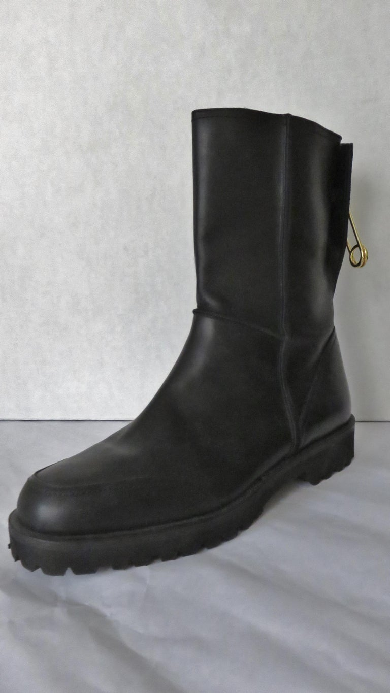 Gianni Versace New Size 37.5 Safety Pin Boots 1990s For Sale 2